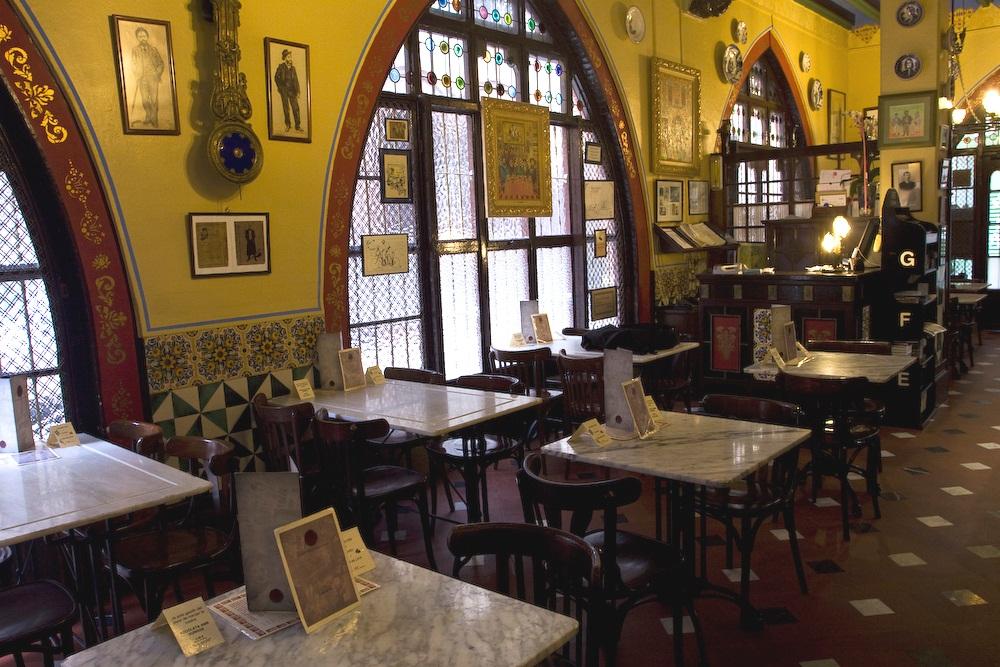 Els 4 Gats, restaurante emblemático del modernismo catalán
