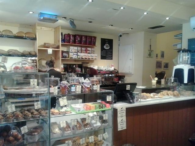 Pastelería Cosmen & Keiless – Disfruta del mejor Espresso junto con los mejores dulces