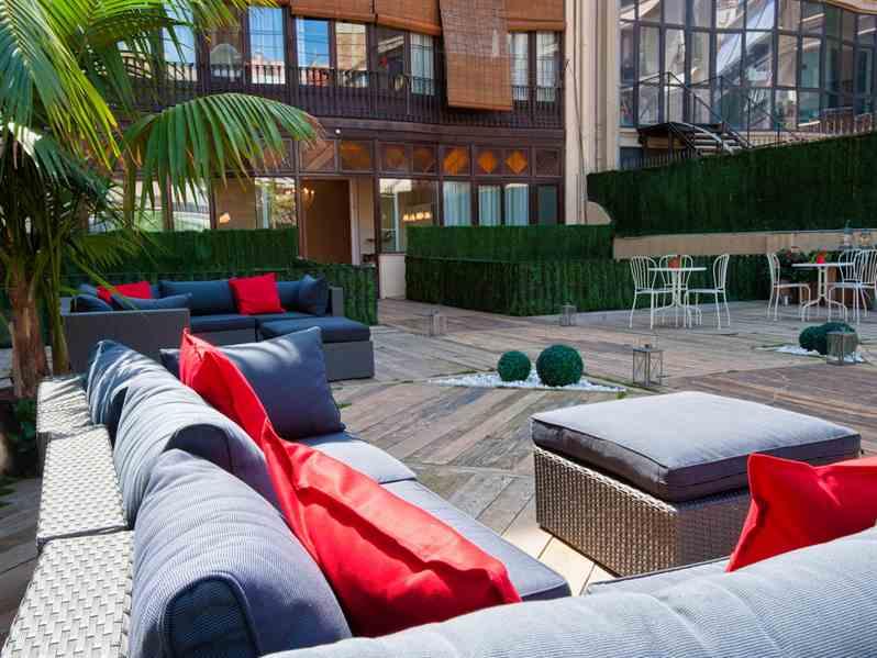 Disfruta de un acogedor hotel/casa con estilo en Barcelona