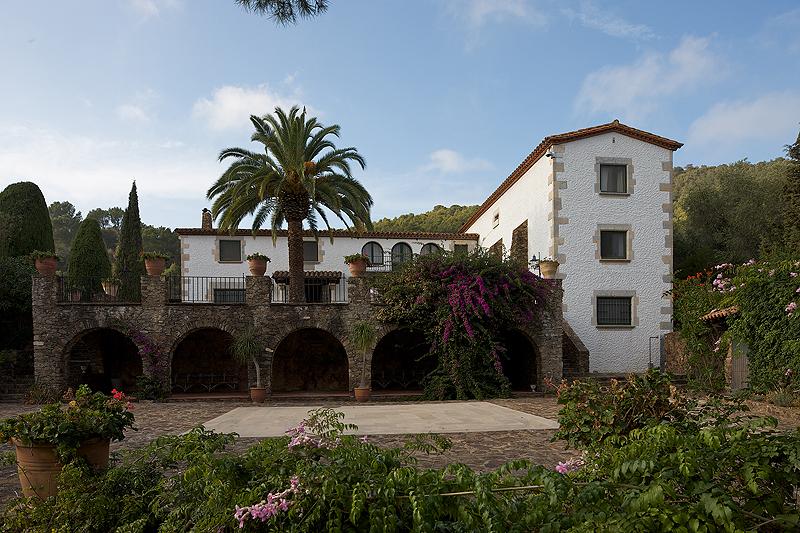 Finca Bell-lloc, confort y calidad se unen en un entorno privilegiado de la Costa Brava