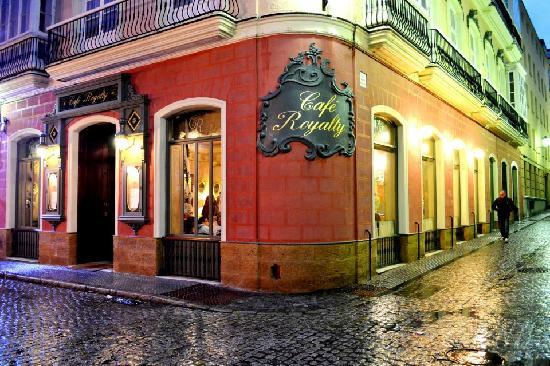 Café Royalty (Cádiz), el único gran café romántico en Andalucía