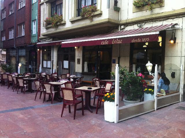 Café Dólar, uno de los bares con más tradición de Oviedo