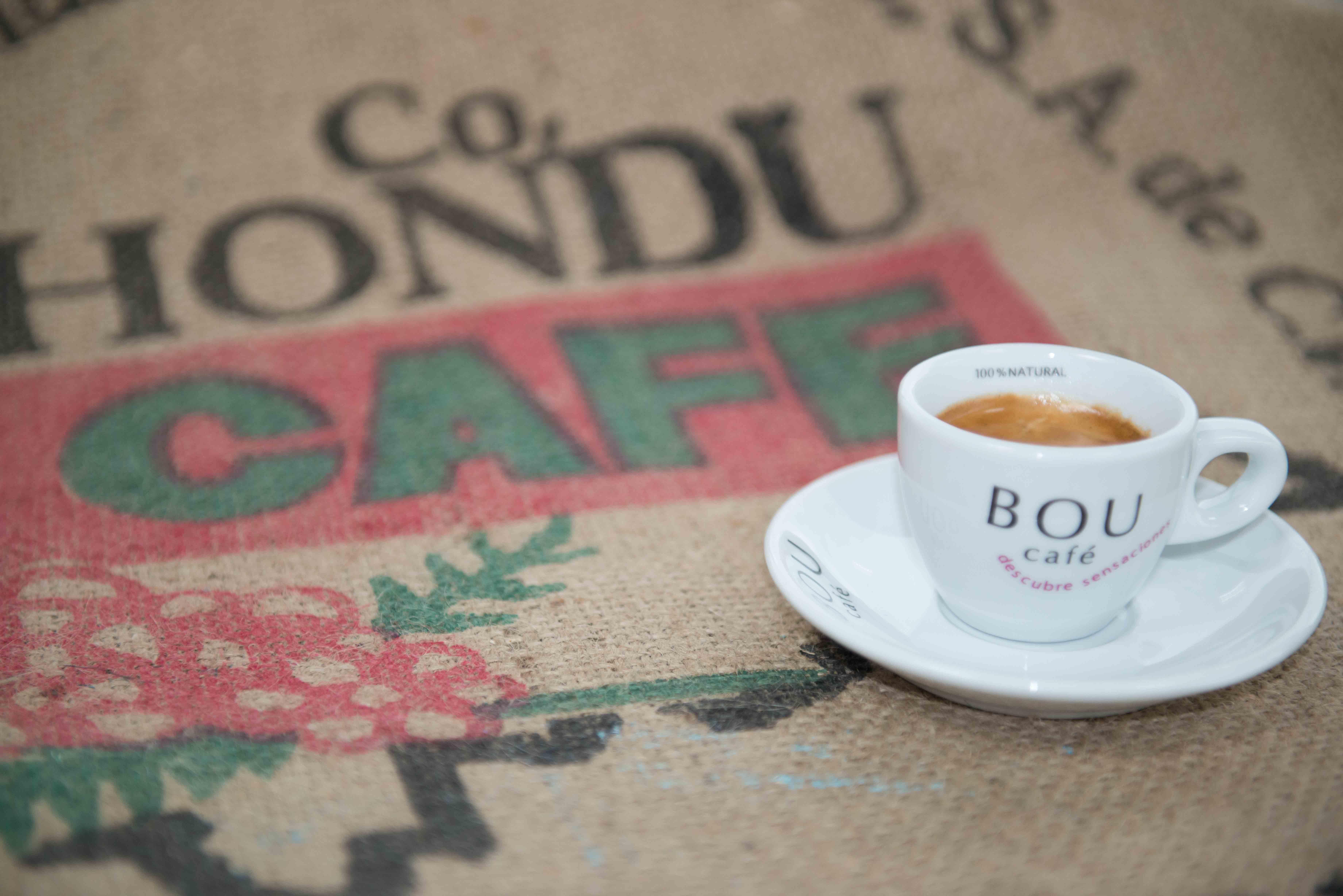 Un estudio de la OMS sugiere que tres cafés al día reducen la mortalidad prematura entre un 8% y un 18%